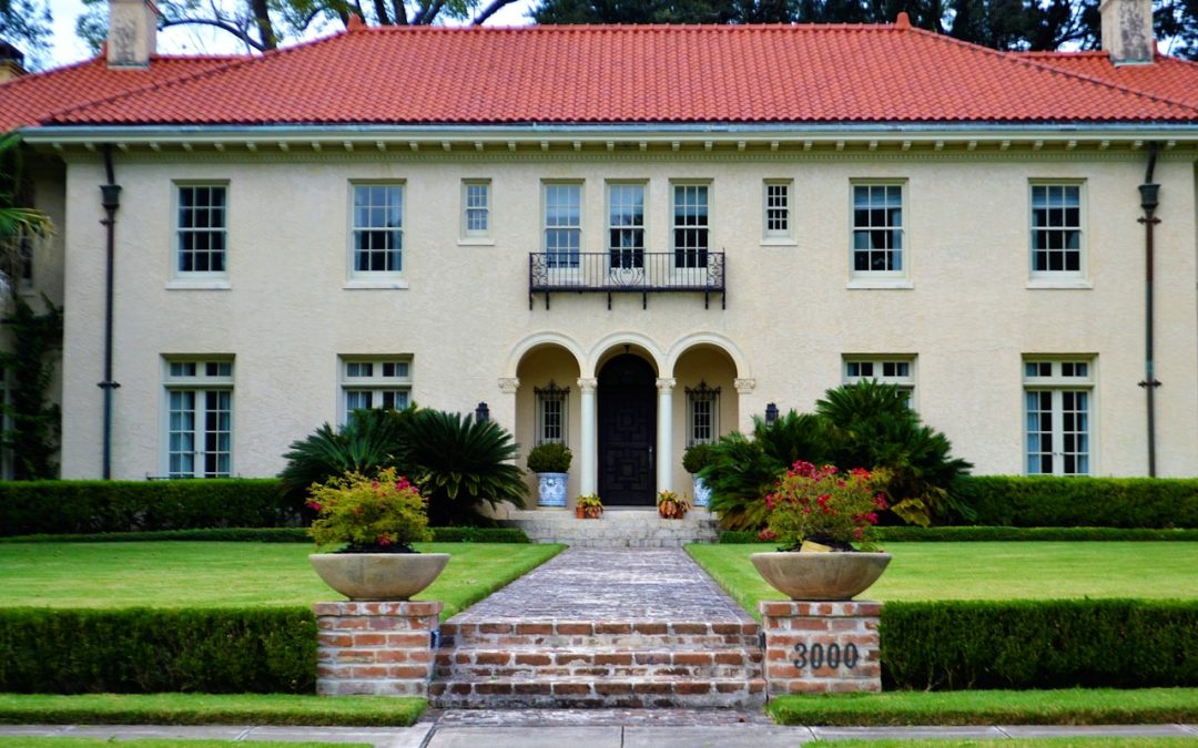 Why You Need Professional Landscaping Services for Residential and Commercial Properties
